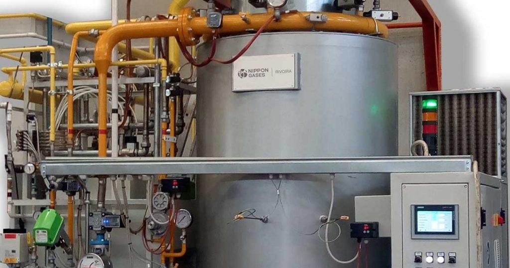 Particolare di un generatore Endogas Nippon Gases Endogreen